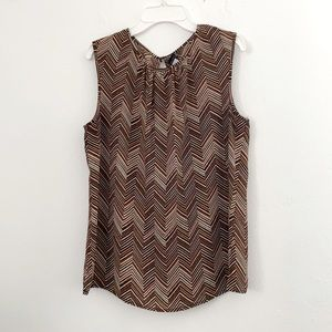 Tahari sleeveless geometric print  top